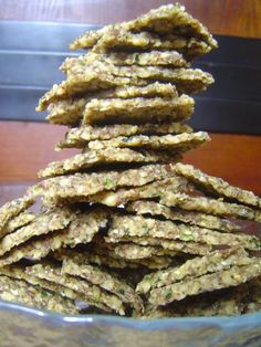 basil walnut crackers