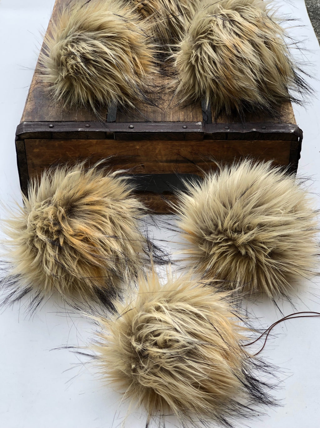 Jackal Faux Fur Pom Pom - KitchenKlutter