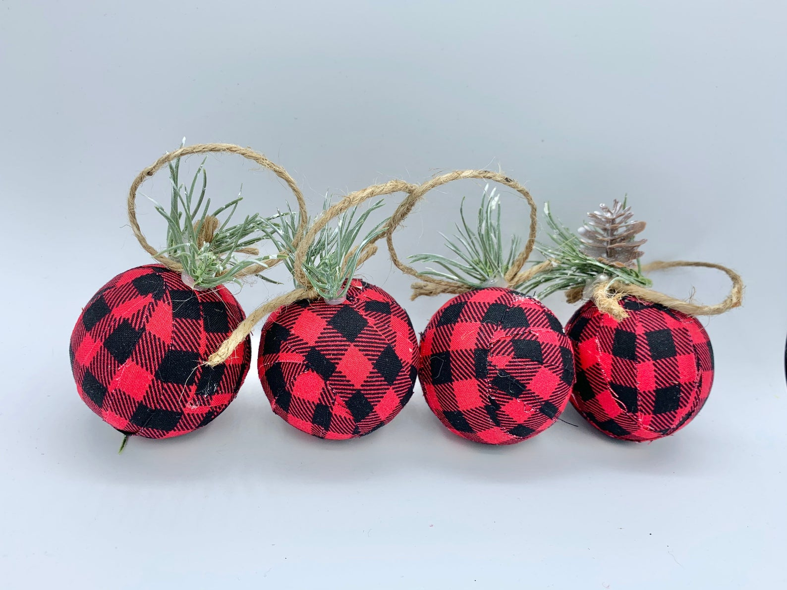 Red and black buffalo check holiday Christmas ornaments set