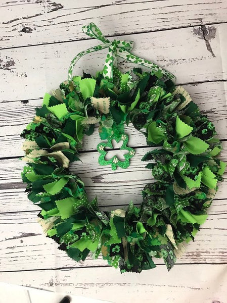 St Patricks Day Green Shamrock Rag Tie Wreath