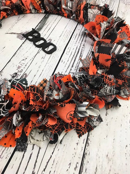 Halloween Black and Orange BOO wreath