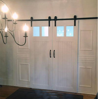 white barn door, white barn door with windows, barn door with windows, local barn door builder, barn doors orlando, barn door with windows, contemporary barn door, barn door for new house, interior sliding door, barn door, barn door custom made, professionally made barn door