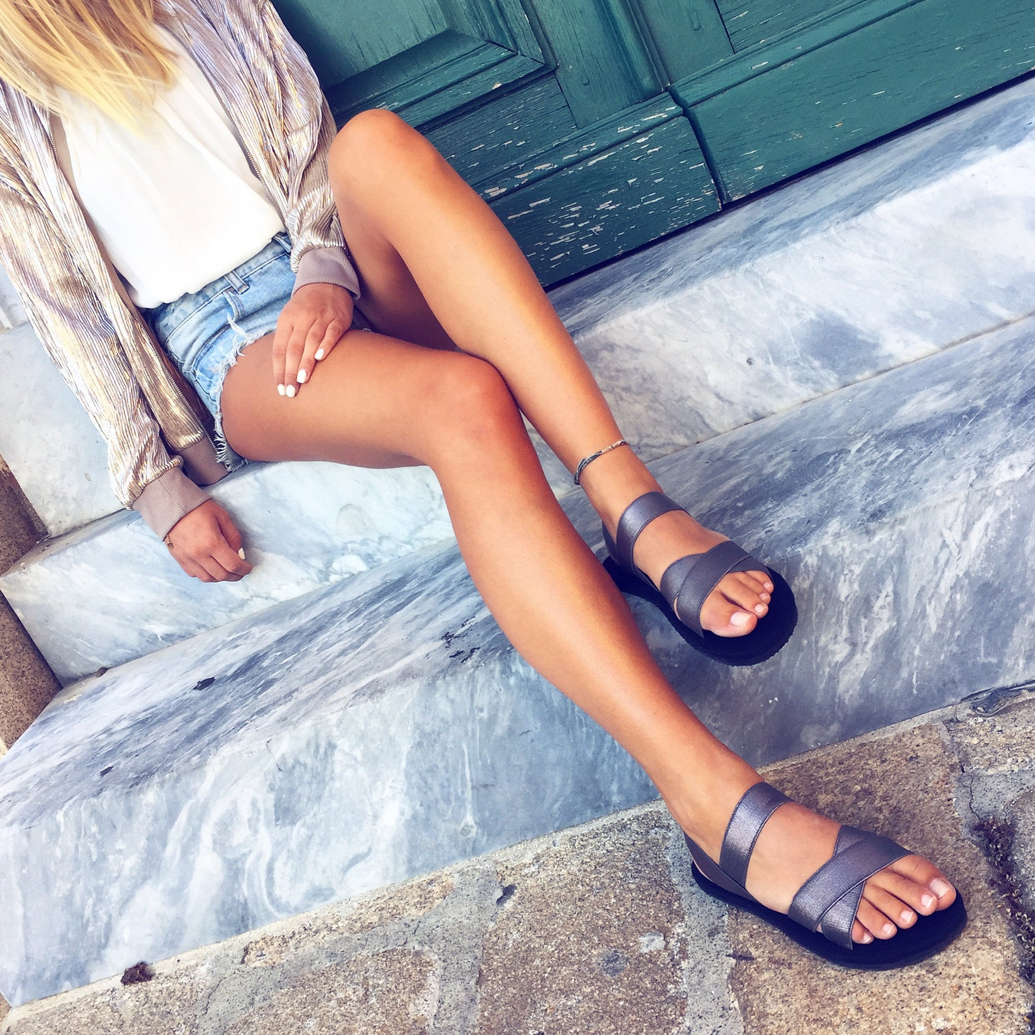METALIC SILVER SANDALS