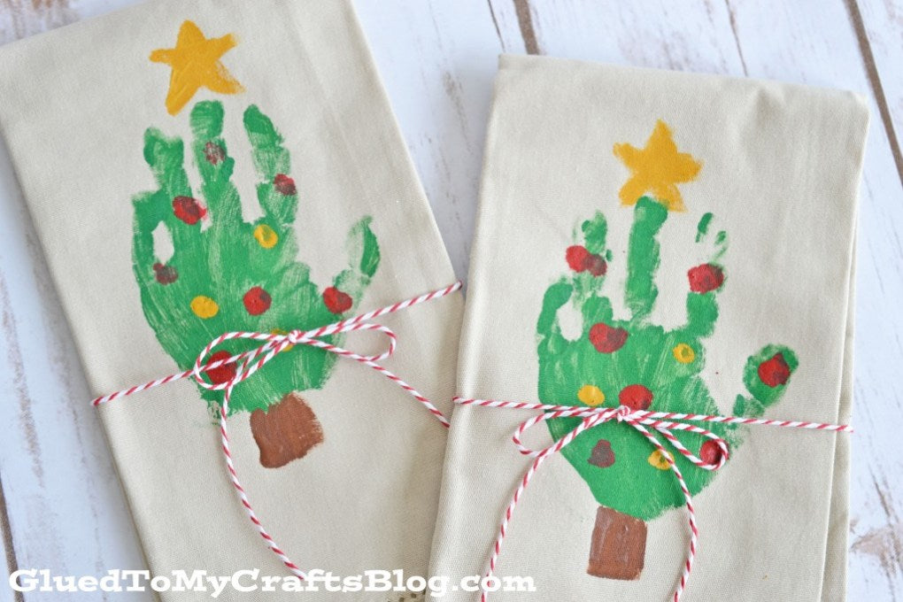 5 Cute Handprint Christmas Gifts for Grandparents