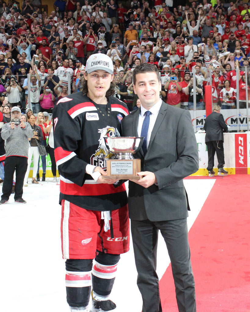 2017 Grand Rapids Griffins 8 x 10 Photo of Tyler Bertuzzi Accepting the MVP trophy