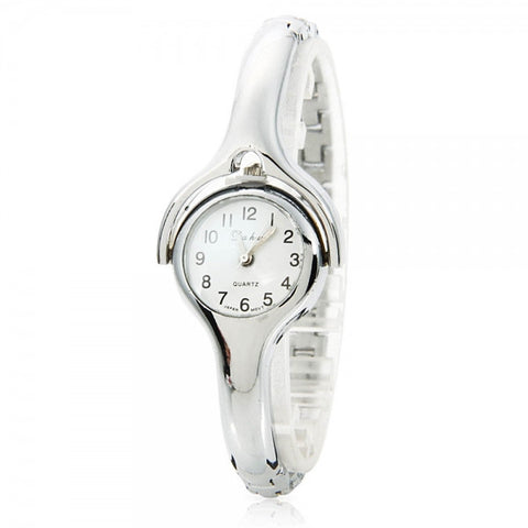 Fashionable Arc-shaped Female Wrist Watch with Silver Chain Strap and Mobilizable Dial