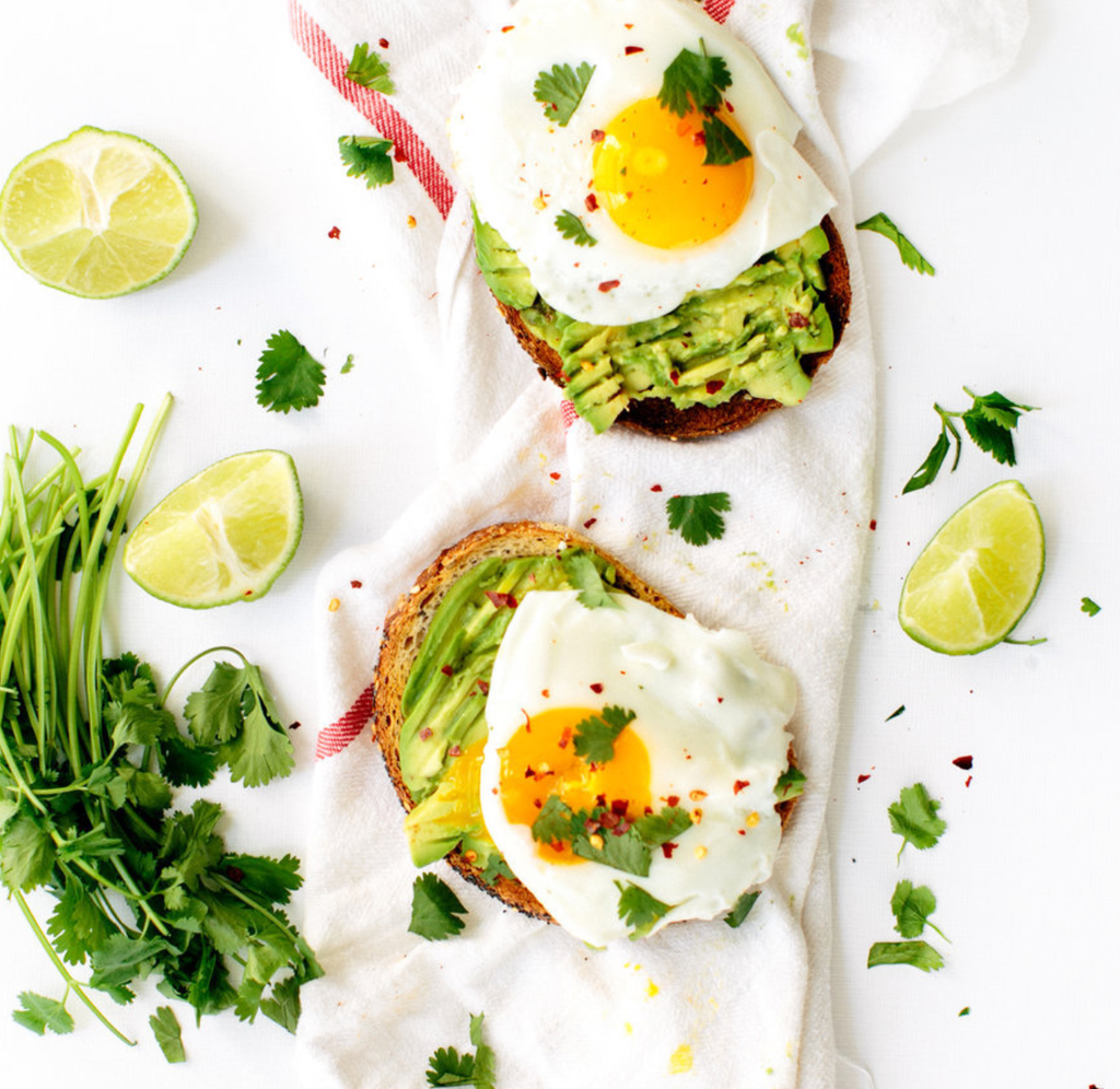 Quick and Yummy Breakfast Idea That Everyone Loves!  Avocado Toast!