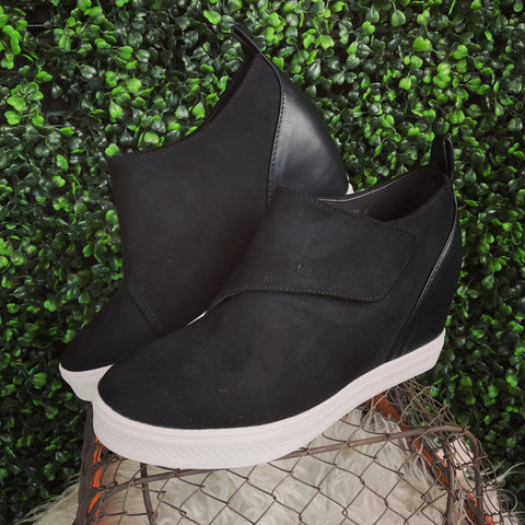 Penelope Black Wedge Sneaker