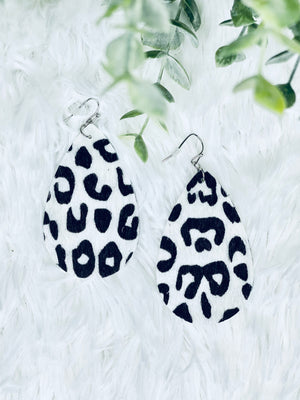 Black & White Cheetah Teardrops