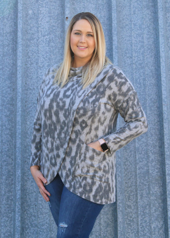 Plus Animal Print Tulip Hem Top
