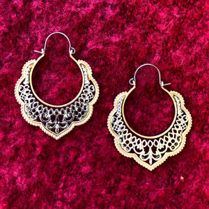 Scroll Circle Hinged Earring