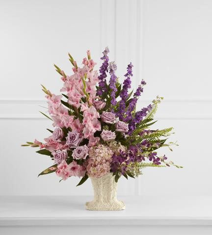 The FTD Flowing Garden Arrangement (S31-4508)