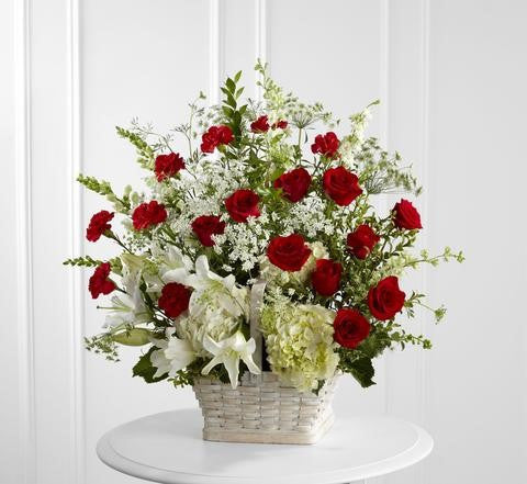 The FTD In Loving Memory Arrangement (S17-4474d)