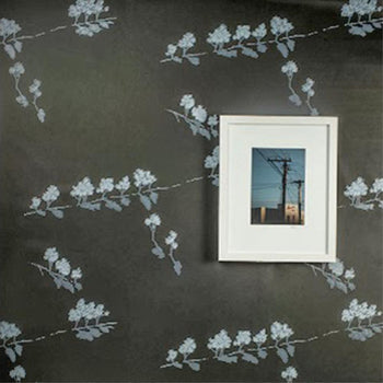 Manuka Wallpaper in Black Light Grey White