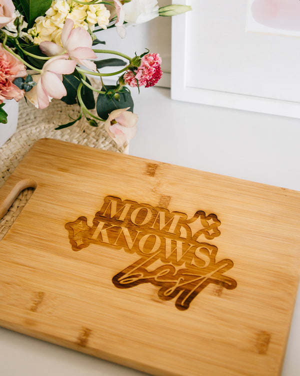 Mom Knows Best Engraved Rectangle Bamboo Cutting Board