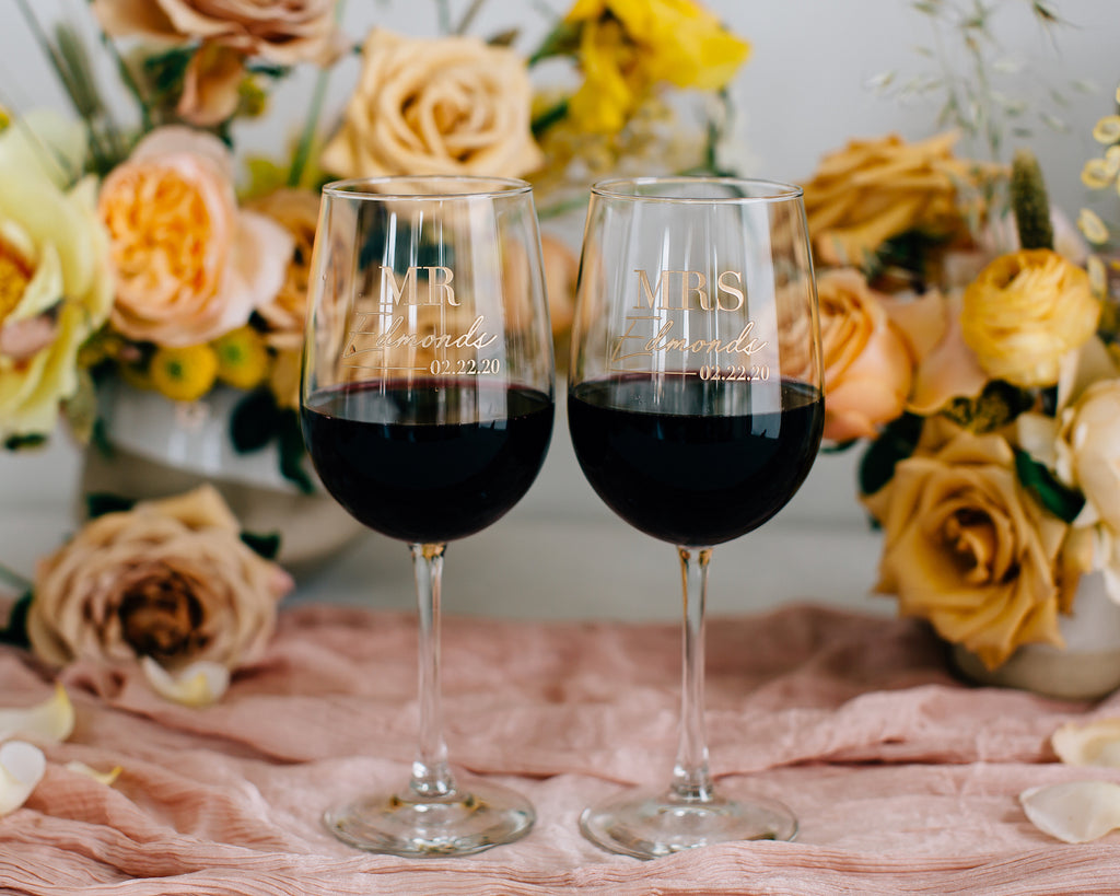 Custom Engraved Wedding Wine Glass Pair