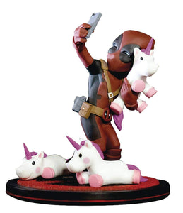 Quantum Mechanix QMVL026 Deadpool #Unicornselfie Q-Fig Diorama, Multi