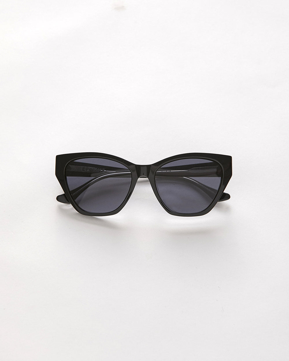 Zaya - Black Polished / Black