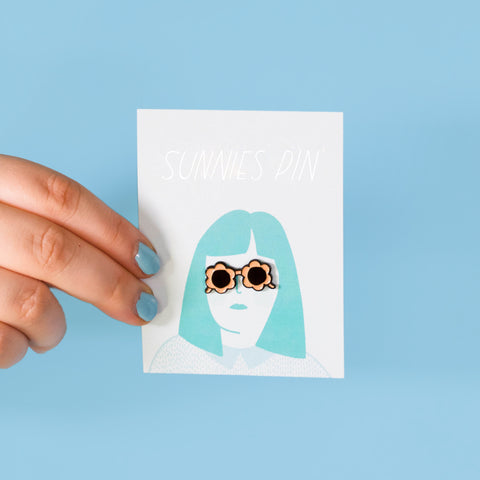 Peach Sunnies Enamel Pin