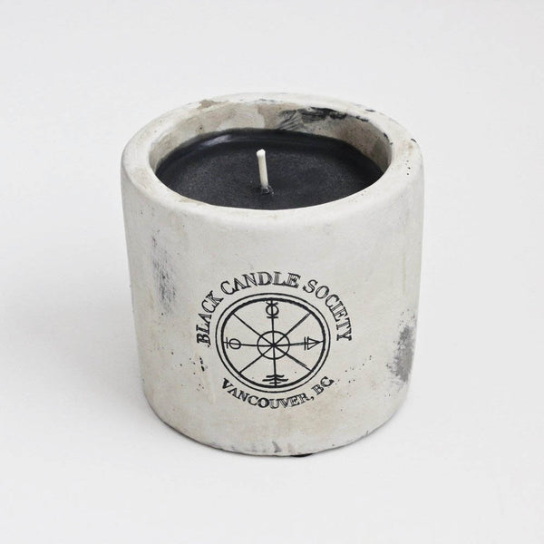 VC Signature 'Spiced Vanilla & Tobacco' Scented Soy Candle