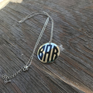 Jewelry: Round Circle Disc Necklace