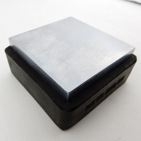 "2 1/2"" STEEL BENCH BLOCK, 7/8"" Thick, 2.5"" Solid Steel Square Block with Rubber Base, Metal Forming Tool for Hand Stamping Jewelry"