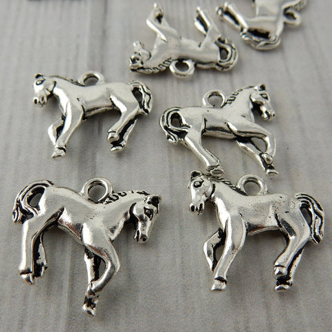 HORSE CHARM, Tierracast, Antique Silver Yearling Horse Charms, Western Drop Pendants, 18mm Double Sided Charm Tierra Cast, Southwest Charms
