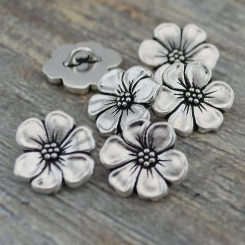 TierraCast Apple Blossom Button Assortment