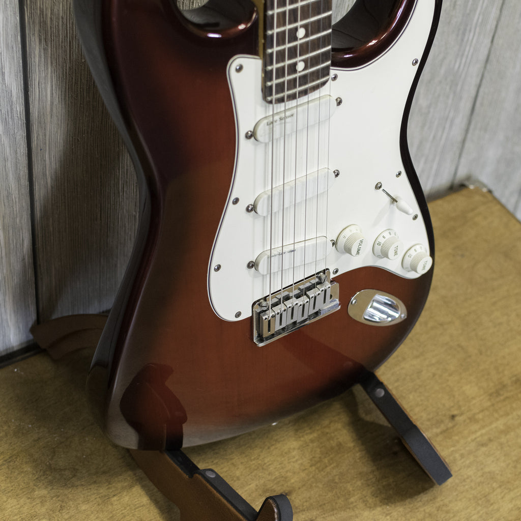 Fender Stratocaster Plus w/ HSC (Used - 1989)
