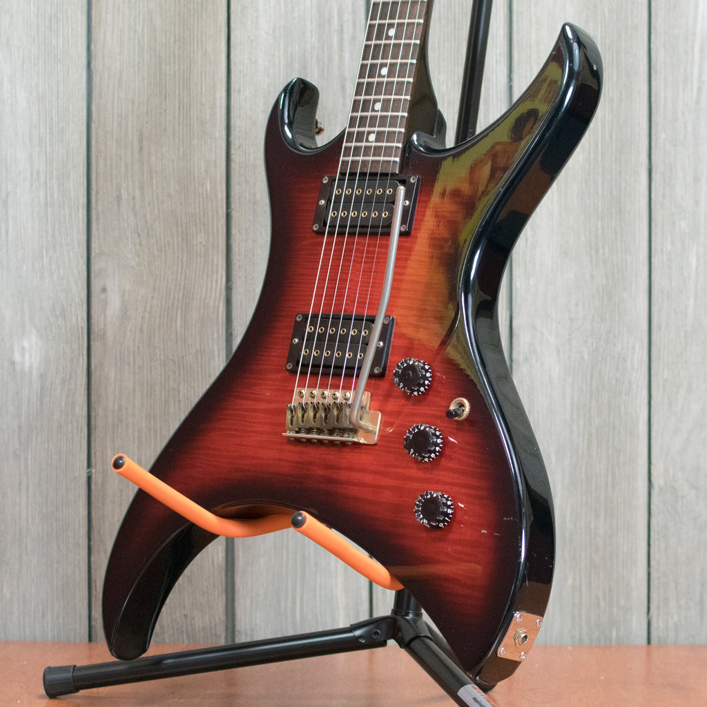 Aria Pro Urchin Deluxe w/ OHSC (Used - 1980's)
