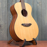Breedlove AC200/SM w/ Gig Bag (Used - Recent)