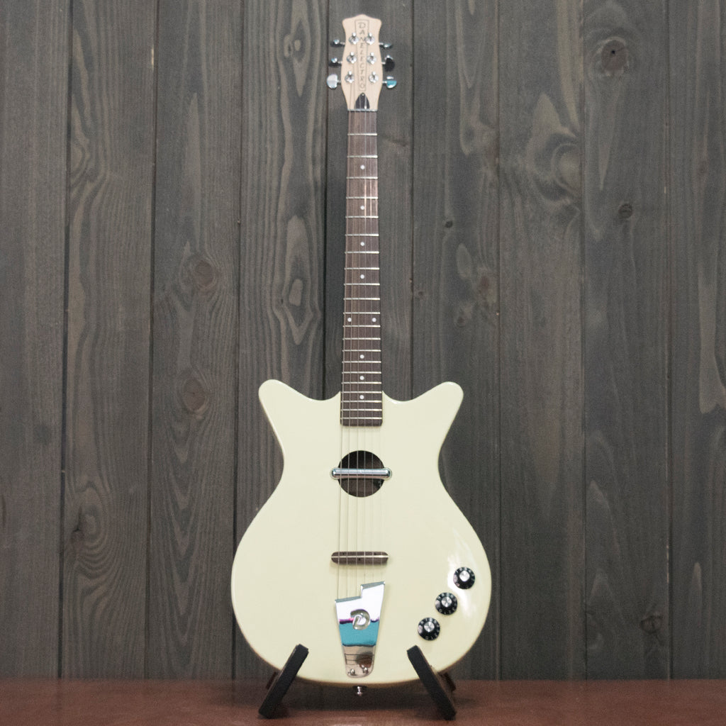 Danelectro Convertible w/ gig bag (Used - Recent)