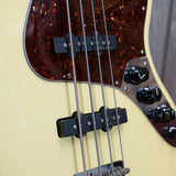 Fender Deluxe Active Jazz Bass w/ Gigbag (Used - 2006)