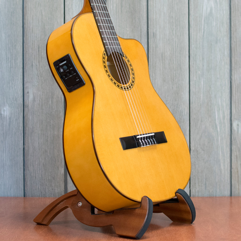 Lucero LFB250SCE Classical w/ HSC (Used - Recent)