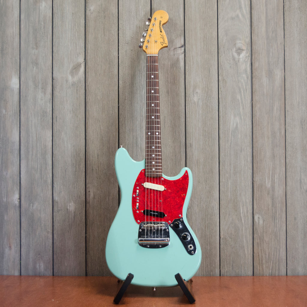 Fender CIJ Mustang w/ HSC (Used - 1997)