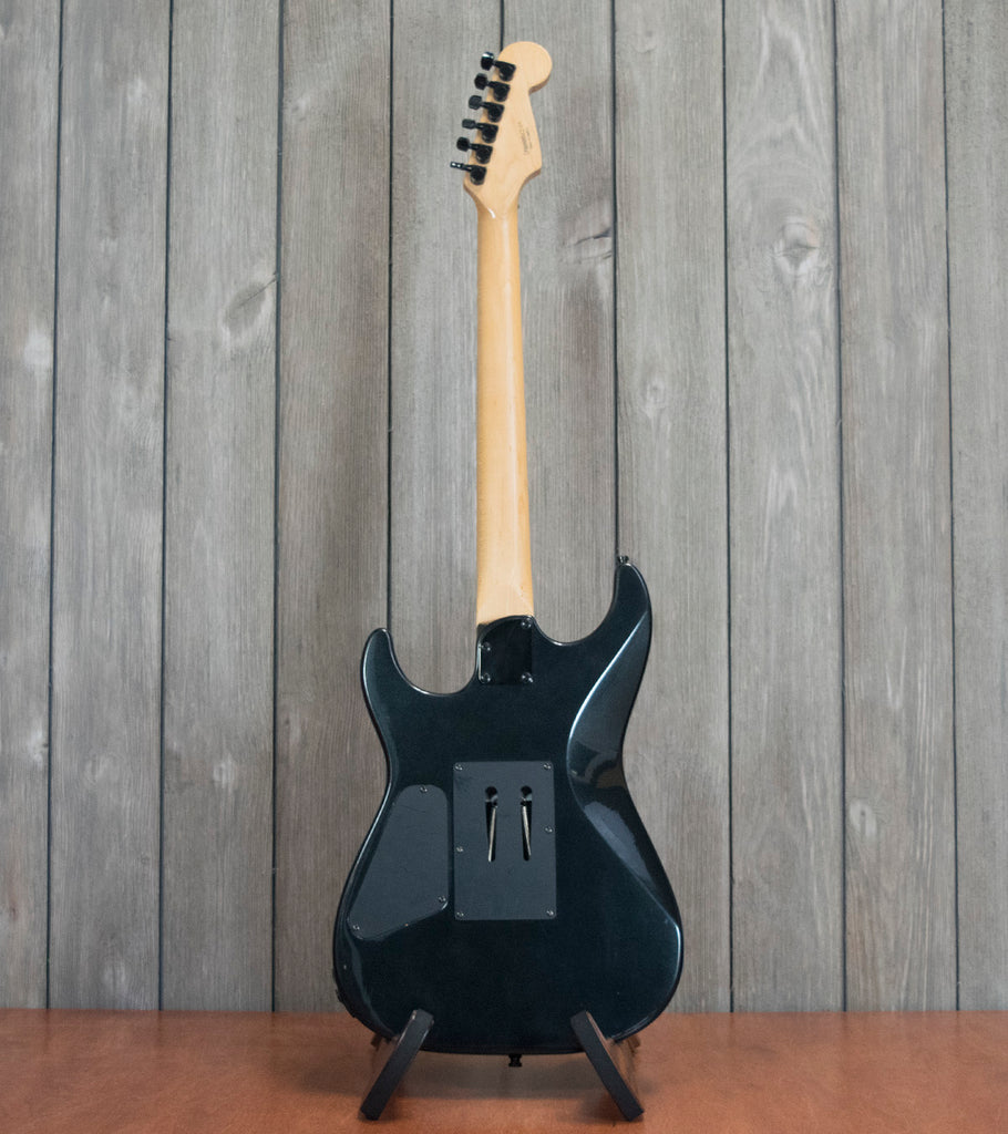 Squier Stagemaster w/ Gigbag (Used - Recent)