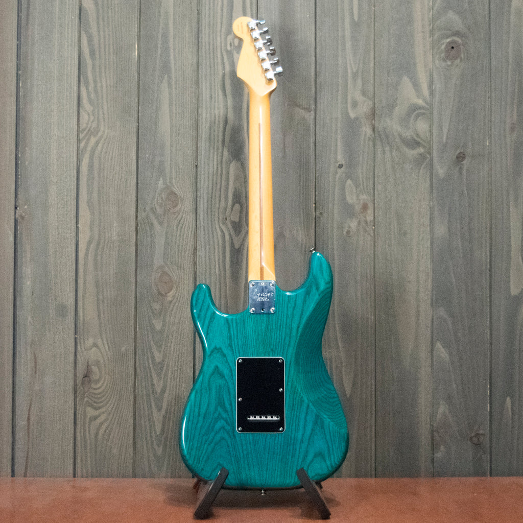 Fender Stratocaster Deluxe w/ OHSC (Used - 1998)