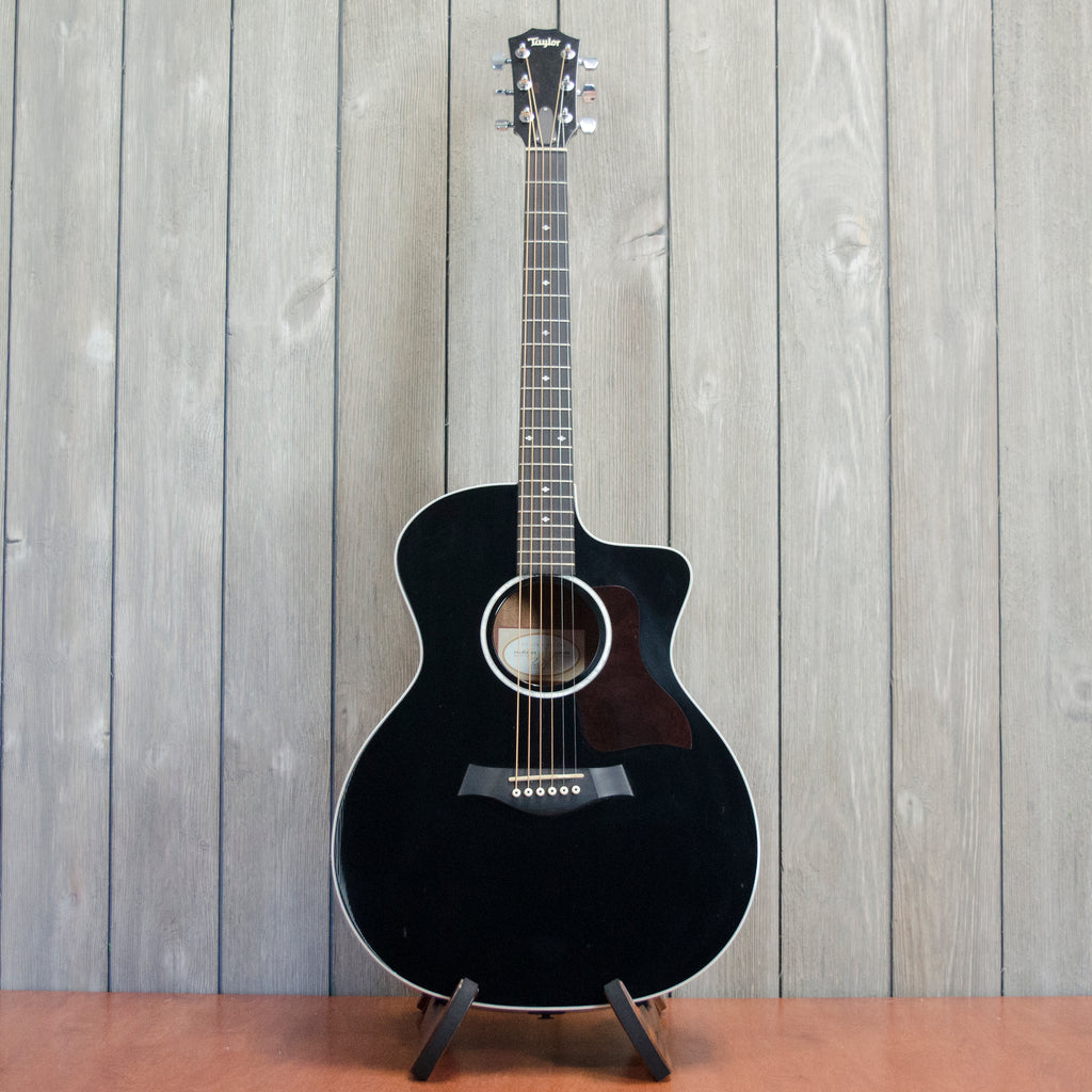 Taylor 214CE-BLK-DLX w/ HSC (Used - 2012)