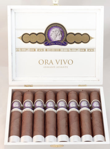 Ora Vivo Toro Single