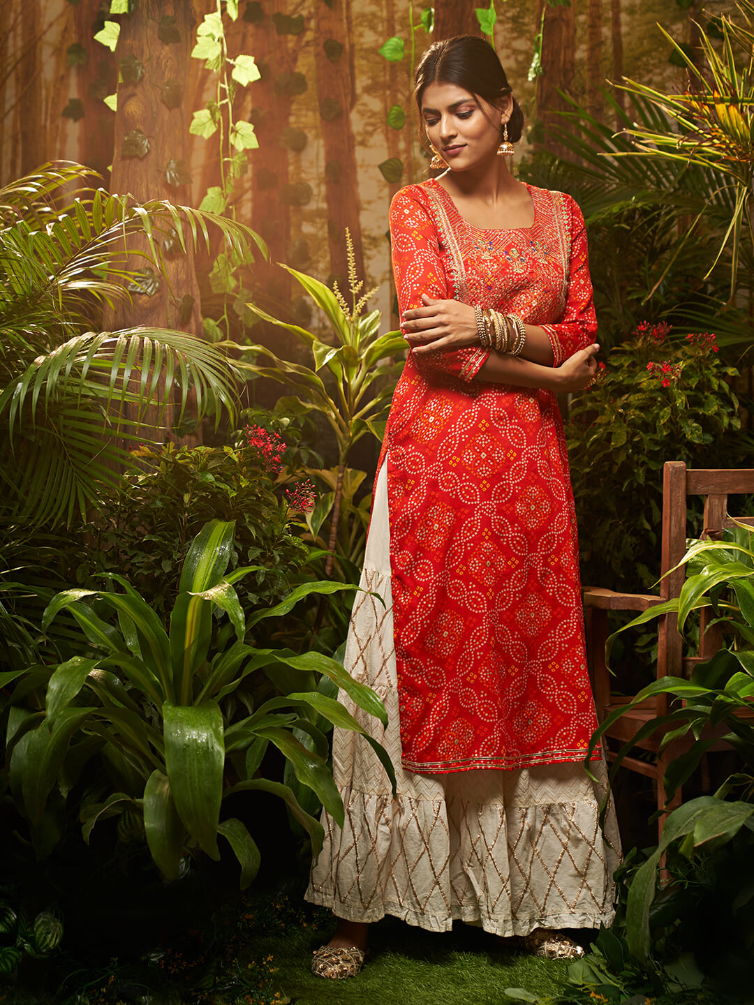 Bandhani Printed Kurta With Zari Embroidery