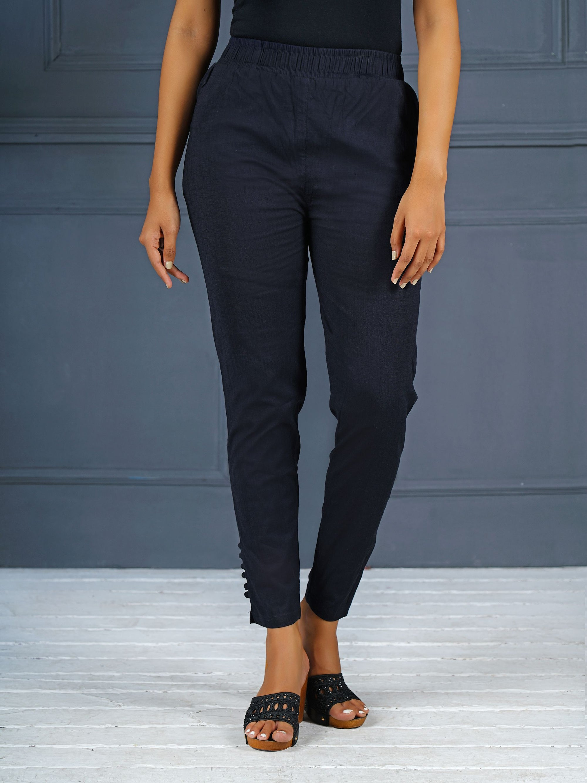 Solid Stretchable Narrow Fit Pant- Navy Blue