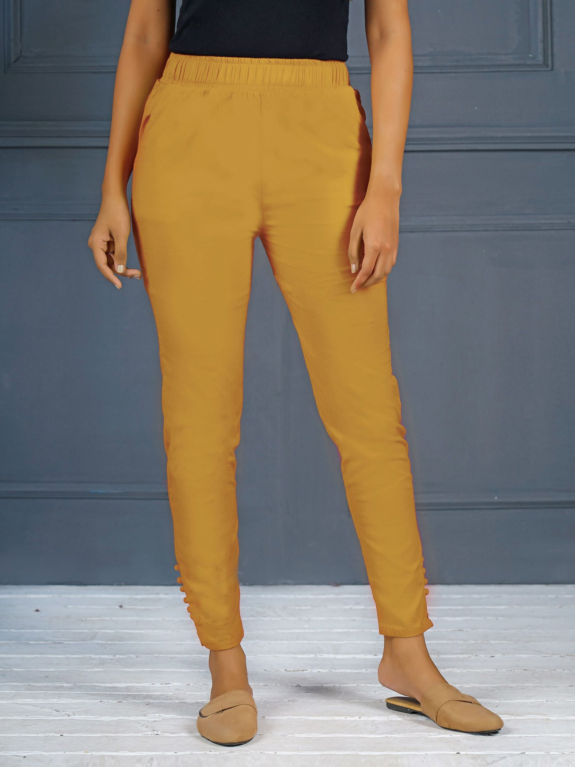 Solid Stretchable Narrow Fit Pant- Beige