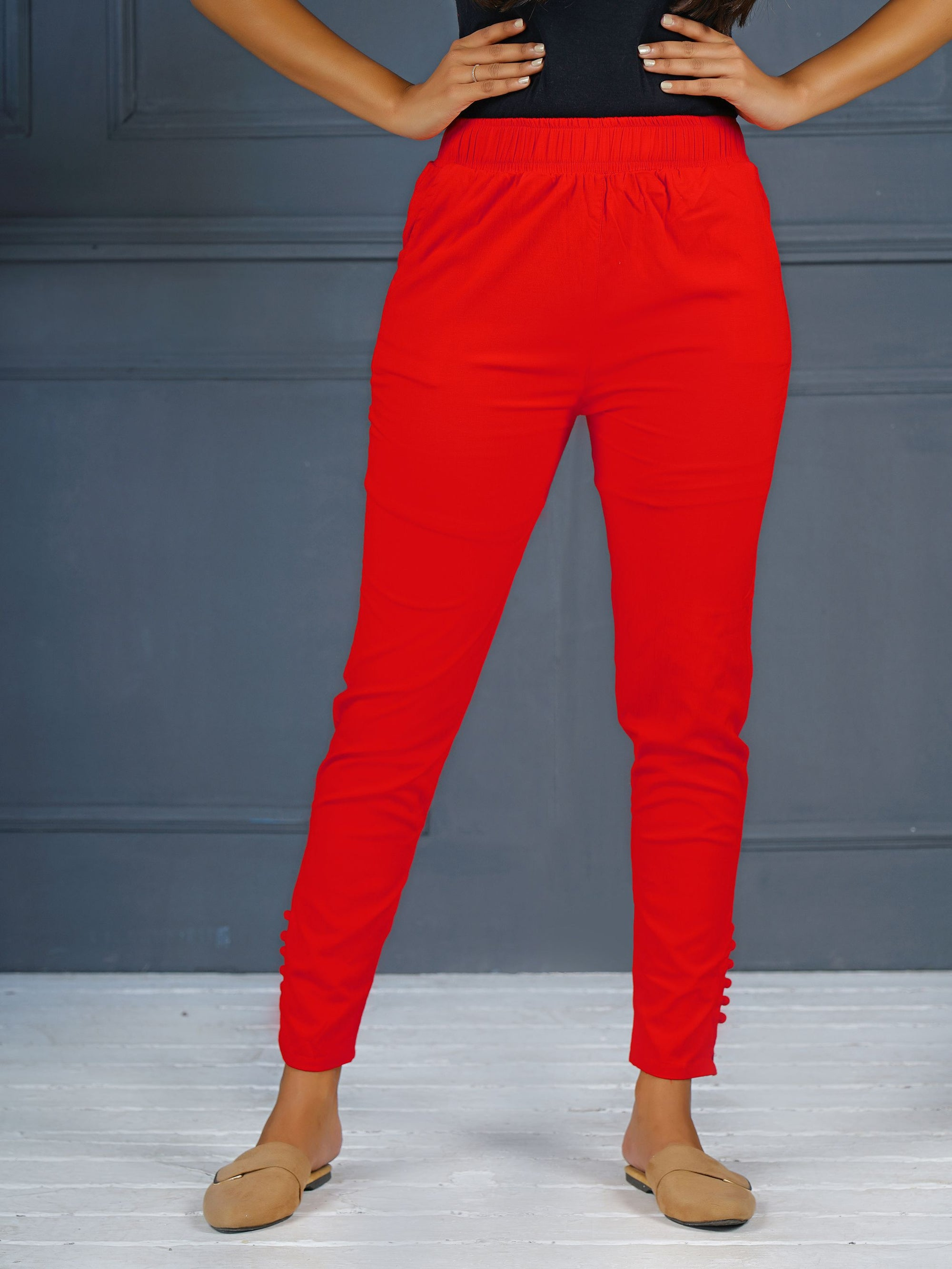 Solid Stretchable Narrow Fit Pant- Red