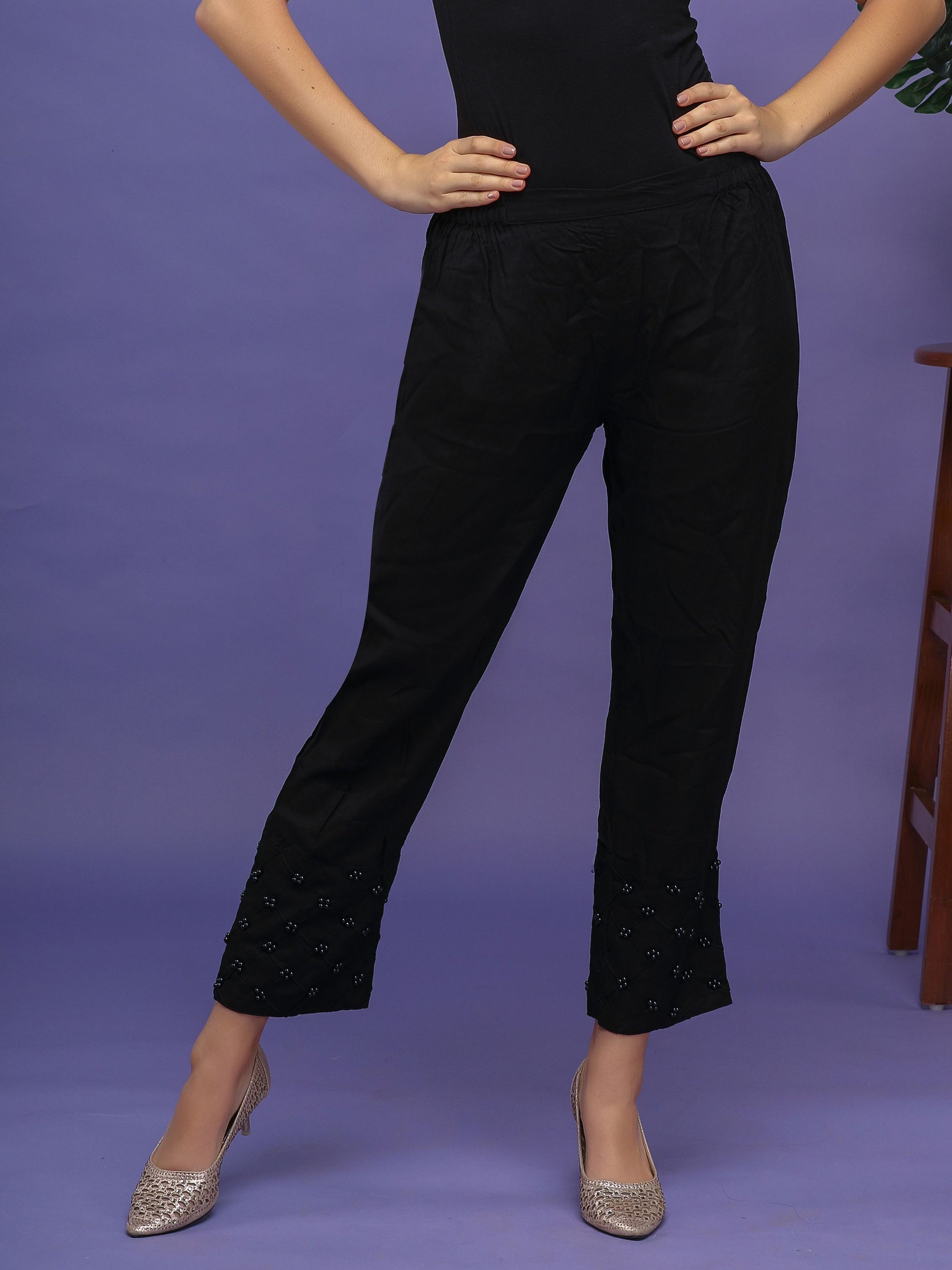 Pearl Ornamentation Laced Pants– Black