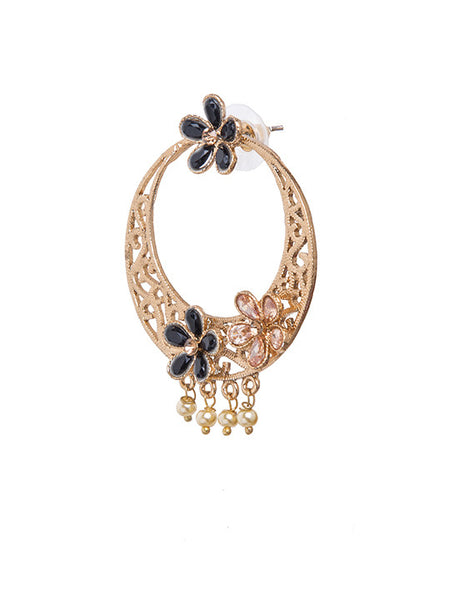 Golden Cutwork Crystal Studded Dangler