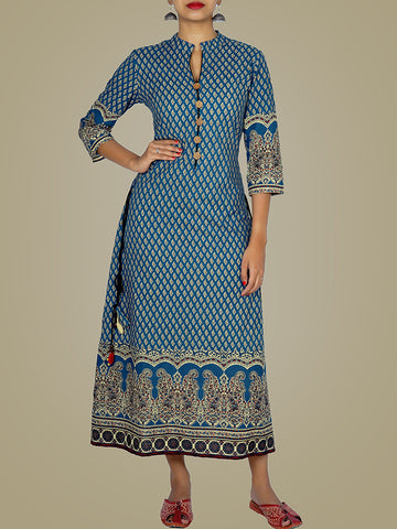 Mirror with Ghunghru, Beads & Tasselled Cotton Ethnic Print Kurti