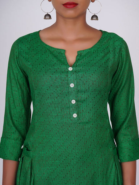 Floral Wooden Buttoned & Pleated Pocket Cotton Handloom Kurti