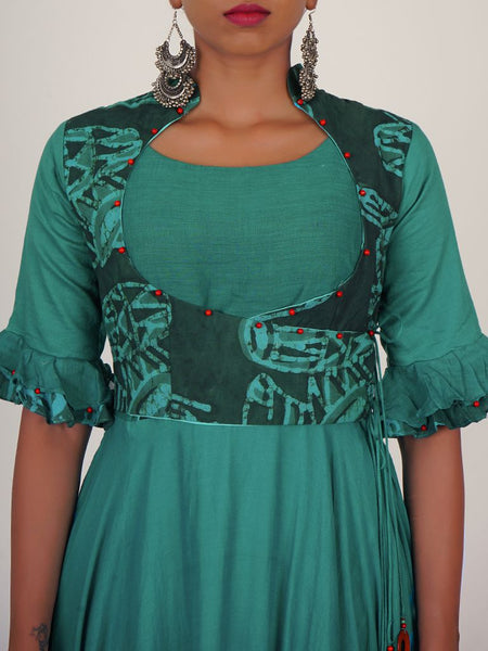 Beaded Yoke & Wooden Brooch Cone Tasselled Cotton Kurti
