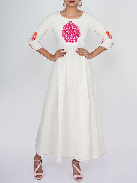 Resham & Zari Ethnic Buta Work Cotton Handloom Kurti