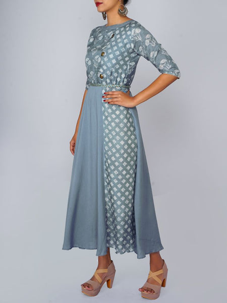 Golden tasselled Resham & Zari Dori Belt & Printed Cotton-Silk Mul Kurti